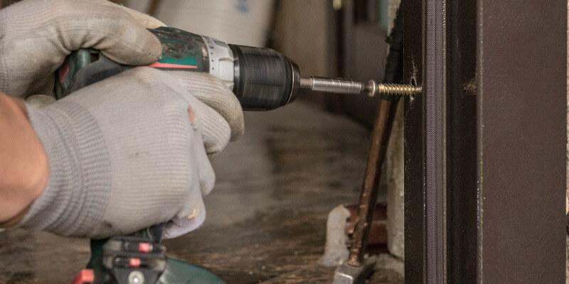changing garage door seal - Supreme Garage Door Repair