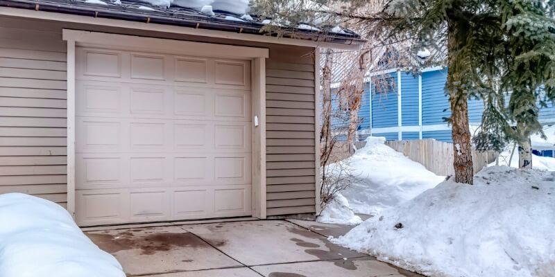 modern house garage doors - Supreme Garage Door Repair