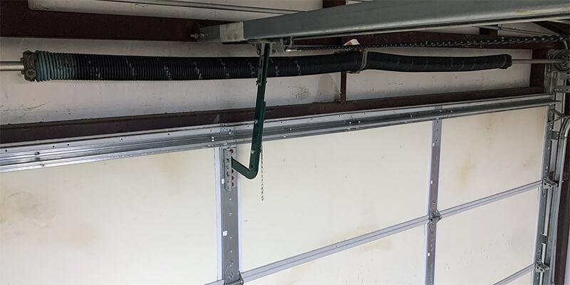 Garage Door Strut Installation - Supreme Garage Door Repair